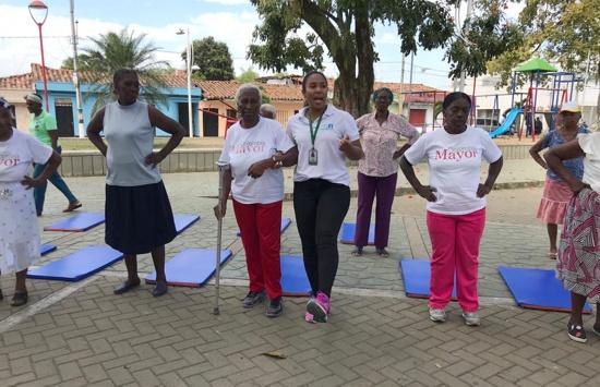 En Guachené, el fortalecimiento muscular para los adultos mayores es muy importante para su salud